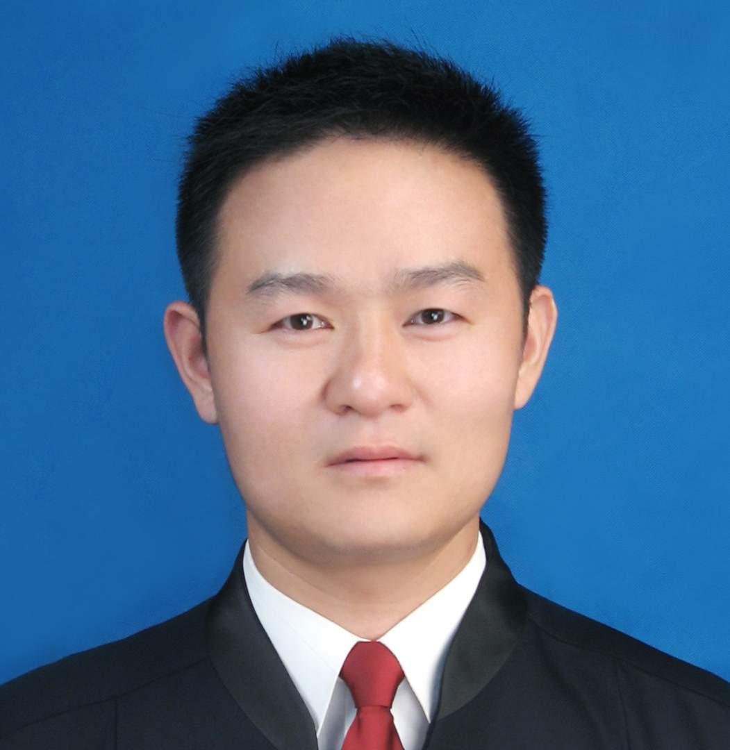 朱书芳律师